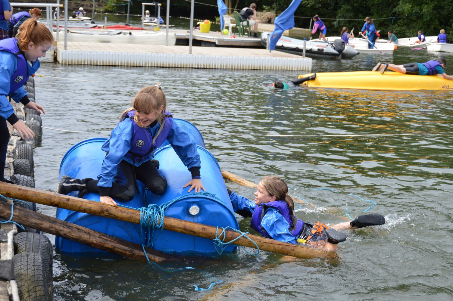 Raft Building Supervisor